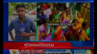 Chennai: Pimp professor caught in act; suspended for seeking sexual favours - NEWSXLIVE