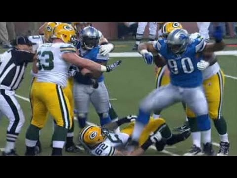 Ndamukong Suh ejected for stomping on opponent, likely to be suspended