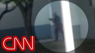 See school officer outside during shooting - CNN