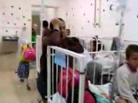EMTREGA DE BRINQUEDOS NO HOSPITAL INFANTIL COM FANTOCHES.