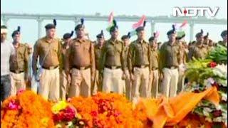 शहीदों को दी गई आखिरी विदाई - NDTVINDIA