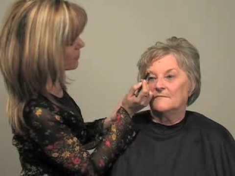 Maquiagem para mulheres de 60 anos