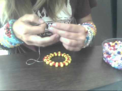 How To Make A Kandi Cuff -GouYp9twhs4