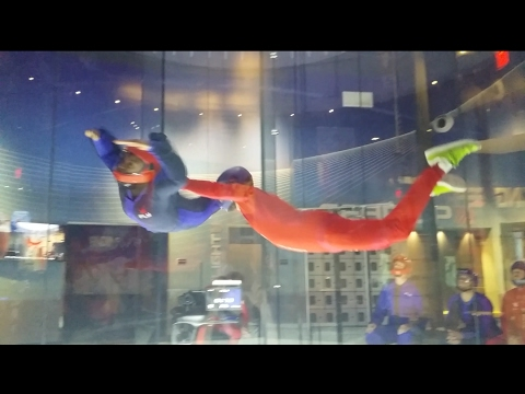 How to skydive (indoors) - ifly & skyventure. Wind tunnel flying. Skydiving for beginners