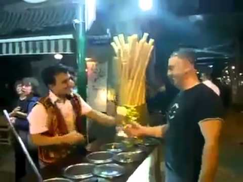 AMAZING skills (Getting icecream from this guy is difficult)