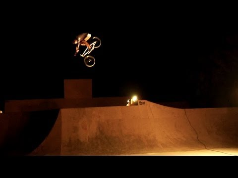 CARHARTT BMX - ED ZUNDA NIGHTSESSION VIDEO
