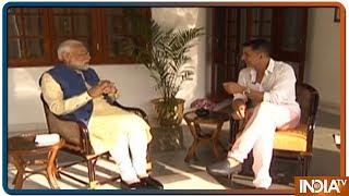 PM Modi ने Akshay Kumar को बताया 3-4 घंटे में ही नींद पूरी कर पाने के पीछे का राज़ - INDIATV
