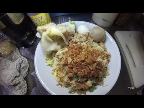 Jakarta Street Food 1711 Part.1 Malang Cwie Mie Super Dubber Warung Mie Atom Est. Since 1979