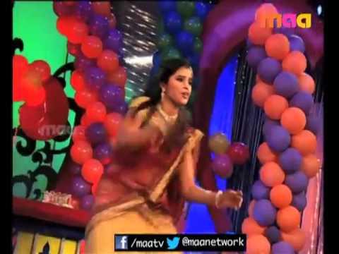 Anchor Shyamala Hot Navel show