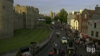 Crowds line the streets outside Windsor castle ahead of royal wedding - WASHINGTONPOST