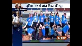 People around the world perform Yoga on International Yoga Day 2018 - INDIATV
