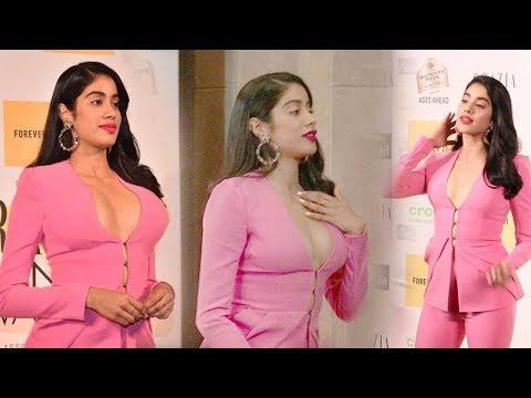 Janhvi Kapoor STUNNING Looks At Red Carpet Of Garcia Fashion Night 2019