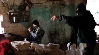 """مصادر: """"النصرة"""" تفكر في الانفصال عن القاعدة لتشكيل كيان جديد"""