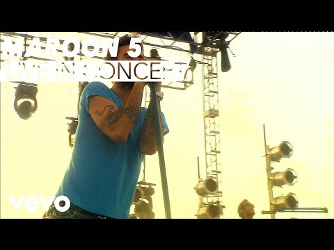 Maroon 5 – Moves Like Jagger (VEVO Carnival Cruise) cloned