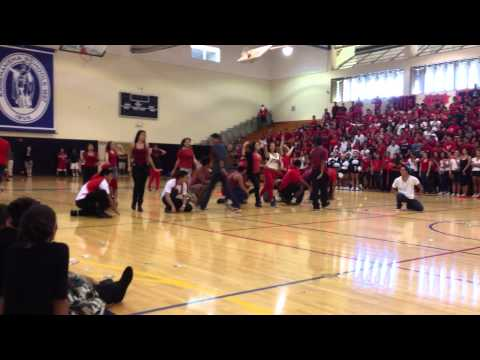 Kamehameha Senior 2012 Pep Rally Performance