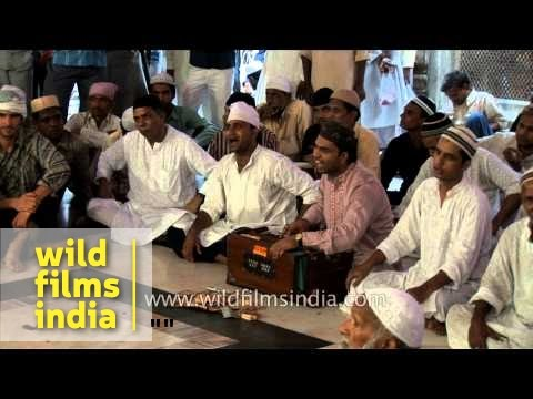 Sufi singers perform qawwali at Nizamuddin Dargah