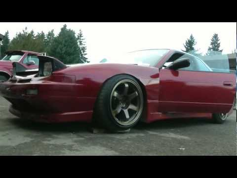 Myles' DeadBeat SR20 s13 drifting