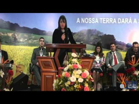 Pra. Vanilda  Bordieri no 5º Congresso de Mulheres