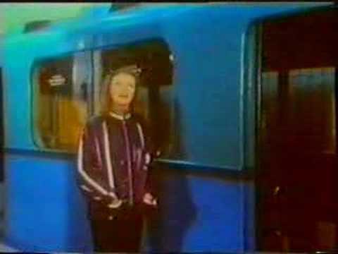 Скачать песню на последней станции метро