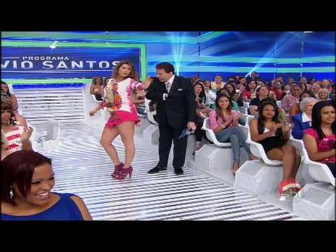 Programa Silvio Santos Lívia Andrade e Débora Salvioni dançando funk 01/12/2013-BAILARINAS DO SBT