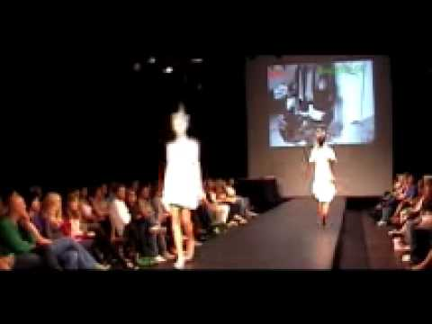 Trafik Catwalk Music - Norwegian Fashion Label WhoKnew?! - Oslo Fashion Week August 2008