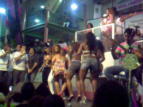 MANGUEIRA 2010 -  Mulatas