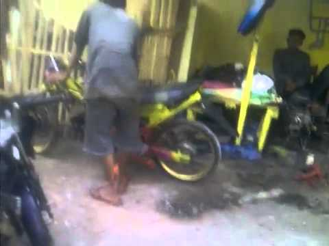 bengkel ASSYIFA MOTOR racing team bongas pentil   YouTube