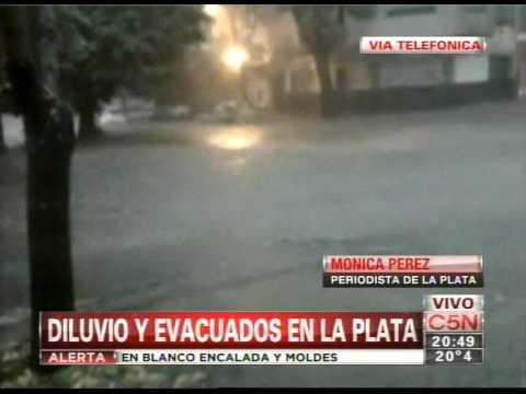 La Plata: el agua alcanzó un metro y medio