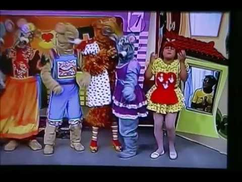 Família Urso no Programa Papeiro da Cinderela