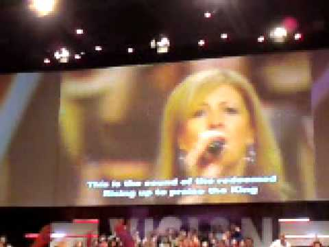 """We The Redeemed"" Darlene Zschech at Hillsong Church Sydney"