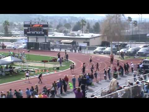 SCV Invitational: Girls 4 x 200