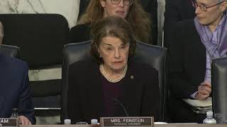 Feinstein won't vote for Barr unless Mueller report released - WASHINGTONPOST