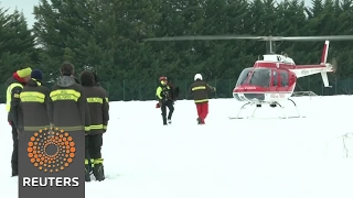 Six people found alive under avalanche that hit Italian hotel - rescuers - REUTERSVIDEO