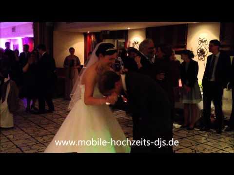 Beispiel: Hochzeitstanz klassisch und Eröffnungstanz Hochzeit, Video: Mobile Hochzeits-DJs.