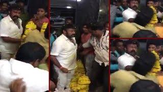 Nandamuri Balakrishna loses temper once again, slaps fan in Nandyala || Balakrishna || Paisa Vasool - IGTELUGU