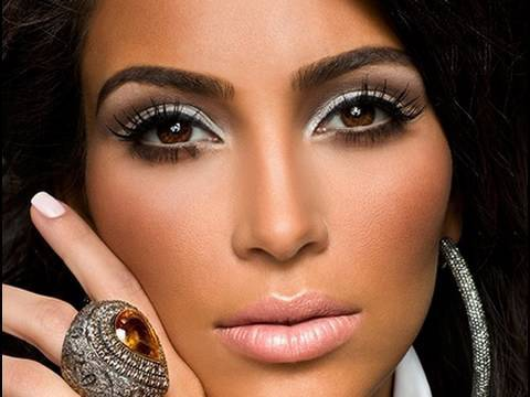 kim kardashian makeup looks. Kim Kardashian Makeup Video by