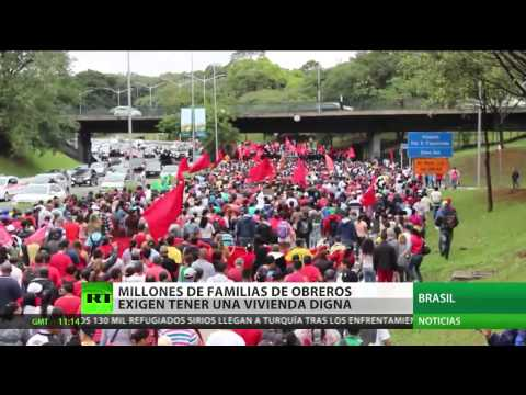 Una vivienda digna, sueño inalcanzable de millones de familias de obreros en Brasil