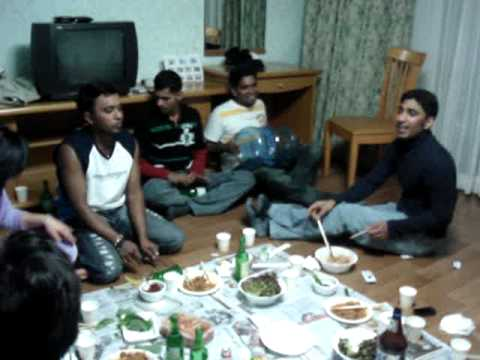 srilankan song (koreawe sl athal-back boys at south korea) 