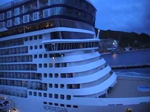 Disney Magic vs Norwegian Epic Horn Battle Sept 2010