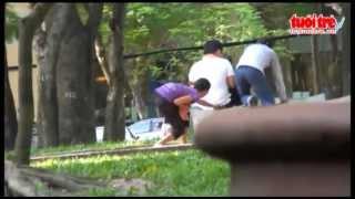 Video cướp giật xin đểu táo tợn ở Sài Gòn ngày càng nóng