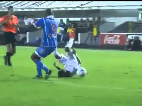 Neymar New Insane Trick Dribble Crazy Skills Drible Santos 5 0 Catanduvense 15 04 2012 360p