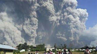 30 admitted to hospital as Indonesian volcano billows out toxic gas - TIMESOFINDIACHANNEL
