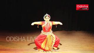 Guru Sonal Mansingh - Odissi Dance - HD view on youtube.com tube online.
