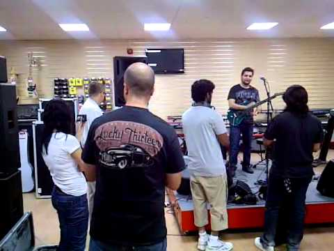 Faze guitar clinic at Musicians Warehouse Dubai