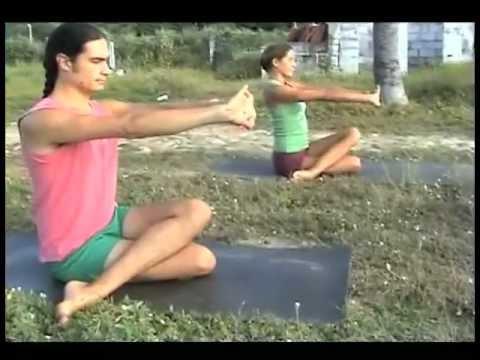 Clase Gratuita de Yoga en Español - Martes -