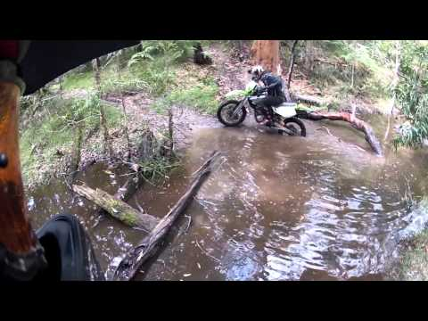 Newcastle Trail Riding creek crossing Suzuki DRZ 400 kawasaki klx 250