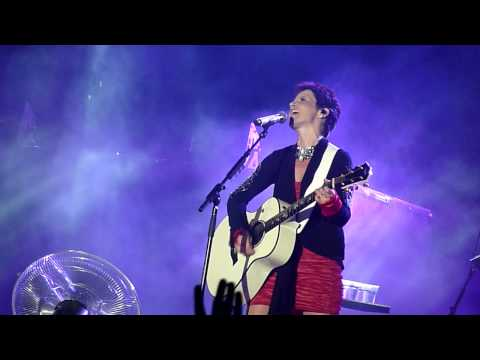 The Cranberries - Dreaming My Dreams, Live in Istanbul, Turkey, 22/7/2010