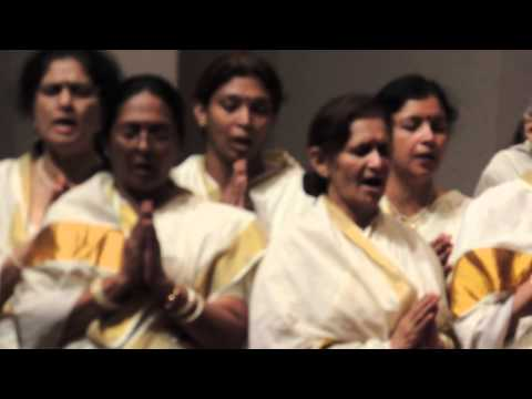 SHANTI MANTRA DURING FESTIVAL OF JOY 02 10 2013