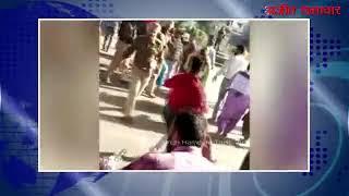 video : शिक्षा मंत्री का अध्यापकों द्वारा डंडों से स्वागत, कईं घायल