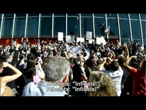 Atheists chant at Muslim protesters - 2012 Atheist Convention
